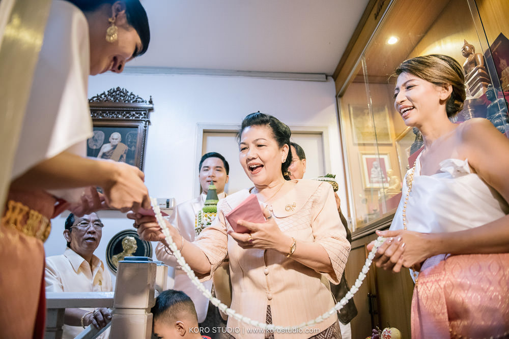 korostudio thai wedding ceremony tuey 28 Wedding at Home Thai Wedding Ceremony Supawee and Pangpichet | งานแต่งงานพิธีไทยคุณเตย และคุณวี