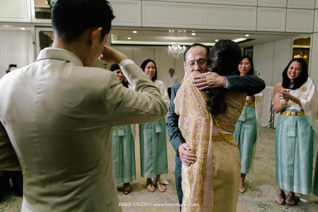 korostudio thai wedding ceremony plaza athenee hotel bangkok photographer 87 The Athenee Hotel Piman Siam Hall, Thai Wedding Ceremony Bao and Suk